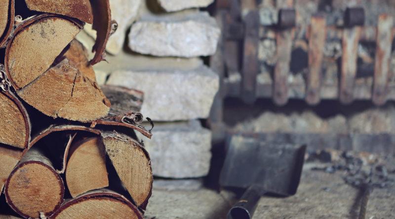 3 Tipps zu Pflege, Reinigung und Anfeuern Ihres Kaminofens